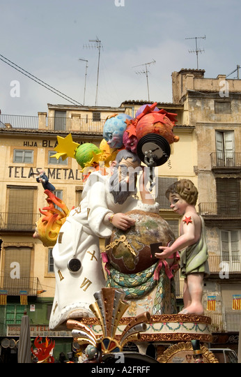 LAS FALLAS SCULPTURE BUILT IN THE STREETS OF VALENCIA FOR LAS FALLAS Stock Ph...