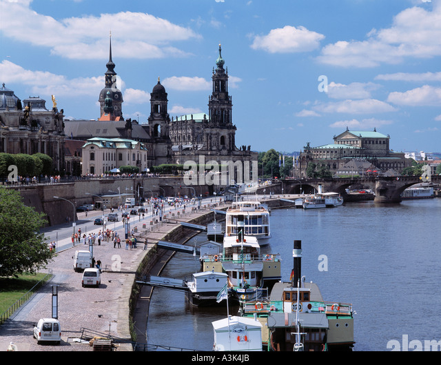 elbepromenade mit altstadtpanorama von dresden elbe sachsen stock photo royalty free image. Black Bedroom Furniture Sets. Home Design Ideas