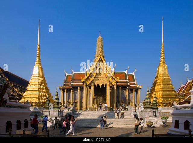Prasat Phra Thep Bidon, Royal Pantheon, Wat Phra Kaew, the ...