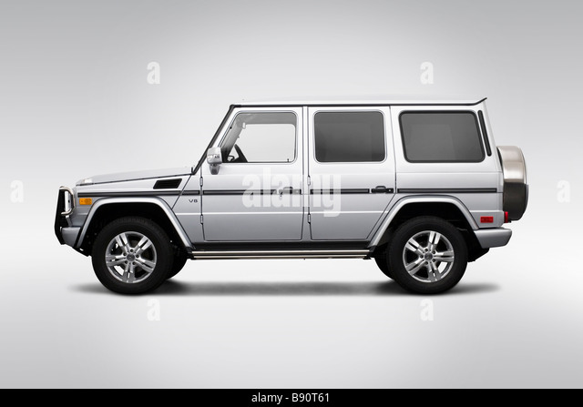 2009 mercedes benz g class g550 in silver drivers side profile stock photo royalty free image. Black Bedroom Furniture Sets. Home Design Ideas