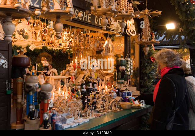 Decorations In Germany During Christmas : Traditional german wooden christmas decorations berlin