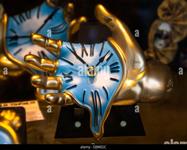 melting clocks related keywords - photo #29