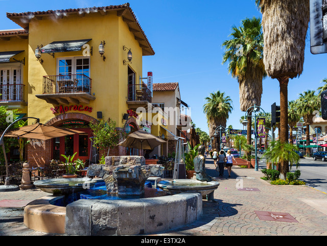Shops and restaurants on s palm canyon drive in downtown for Shopping in palm springs ca