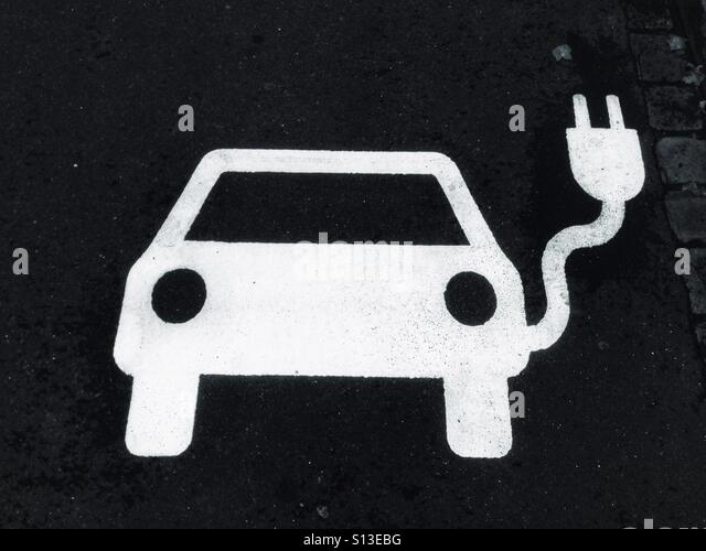 White E Car symbol on the tarmac Stock Photo, Royalty Free ...